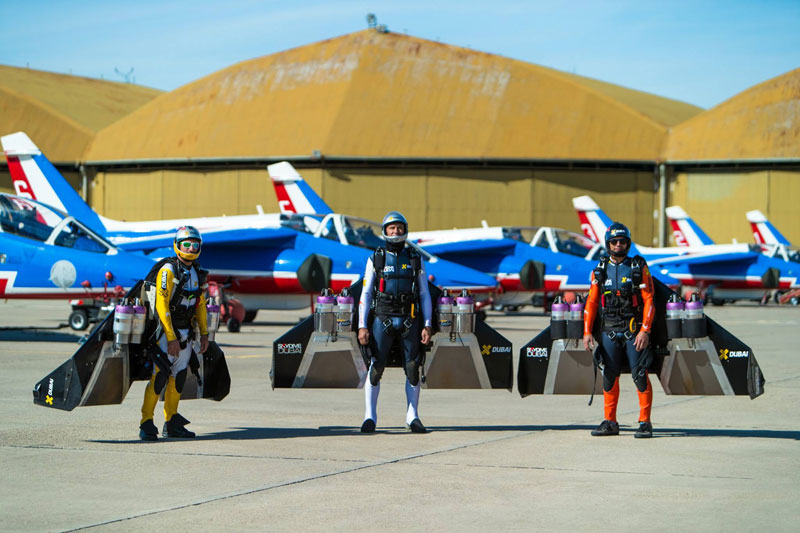 jetmen go for ride with french acrobatic patrol 4 Three Jetmen Go For a Cruise with the French Acrobatic Patrol