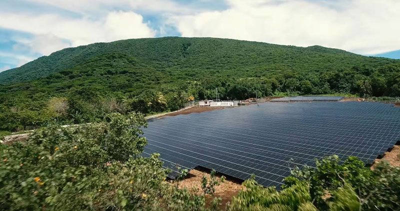 tesla powers entire island with solar energy 7 Tesla Just Powered a 600 Person Island With Renewable Solar Energy