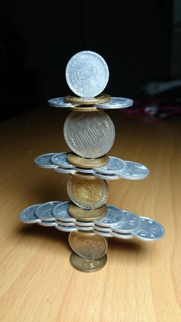 amazing coin stacking by thumb tani on twitter 2 Next Level Coin Stacking by @Thumb Tani