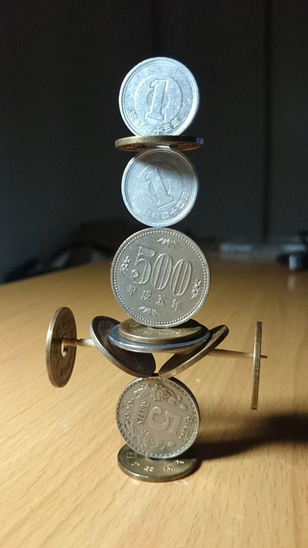 amazing coin stacking by thumb tani on twitter 24 Next Level Coin Stacking by @Thumb Tani
