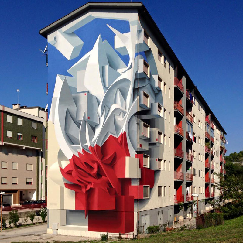 Picture of the Day: Peeta Goes BIG in Campobasso, Italy