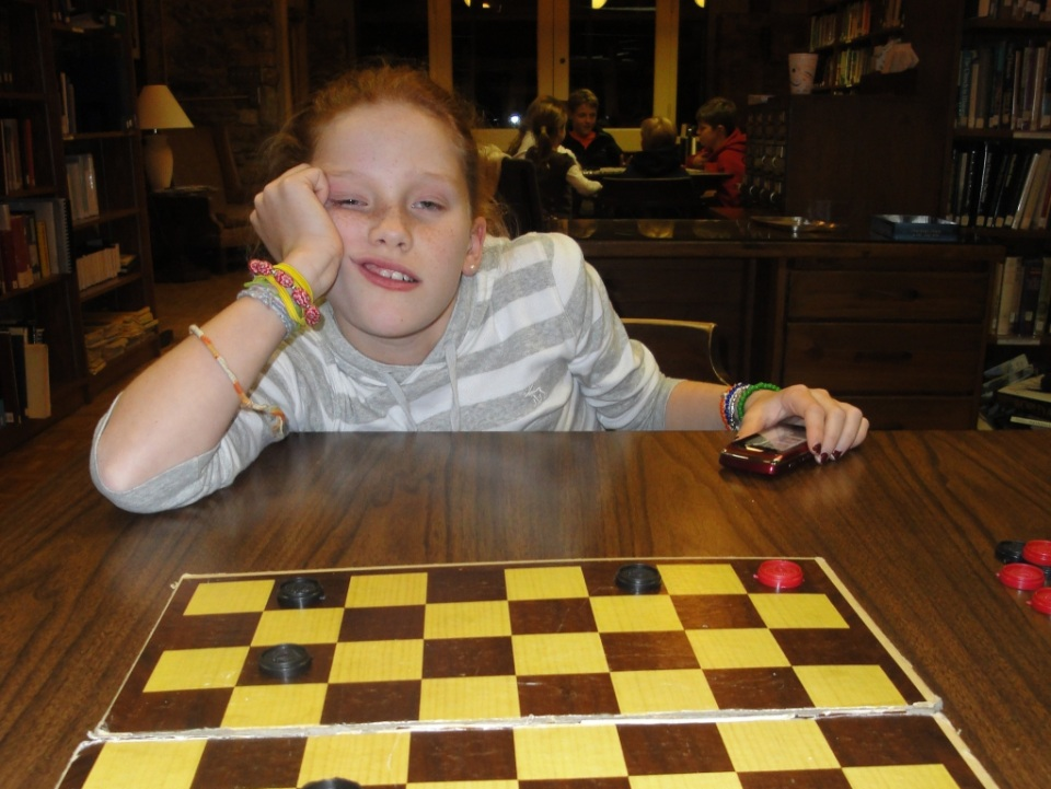 thanksgiving checkers loss 1 Every Thanksgiving His Cousin Challenges Him to Checkers... 8 Years of Defeat and Counting