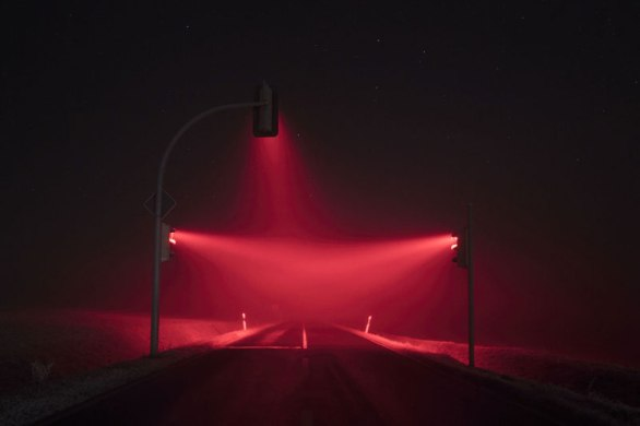 traffic-lights-at-night-long-exposure-by-lucas-zimmermann-6