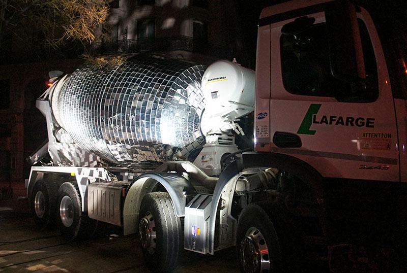 disco ball concrete mixer by benedetto bufalino 6 Disco Ball Concrete Mixer Wants to Party Hard