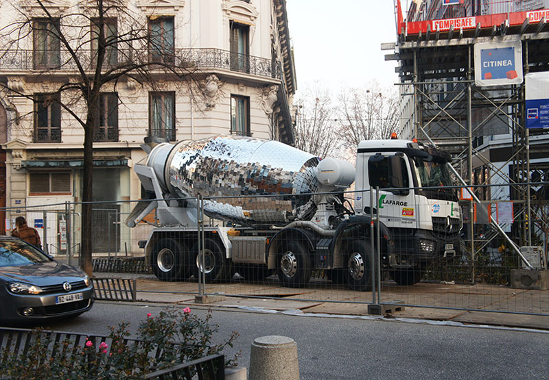 disco ball concrete mixer by benedetto bufalino 9 Disco Ball Concrete Mixer Wants to Party Hard