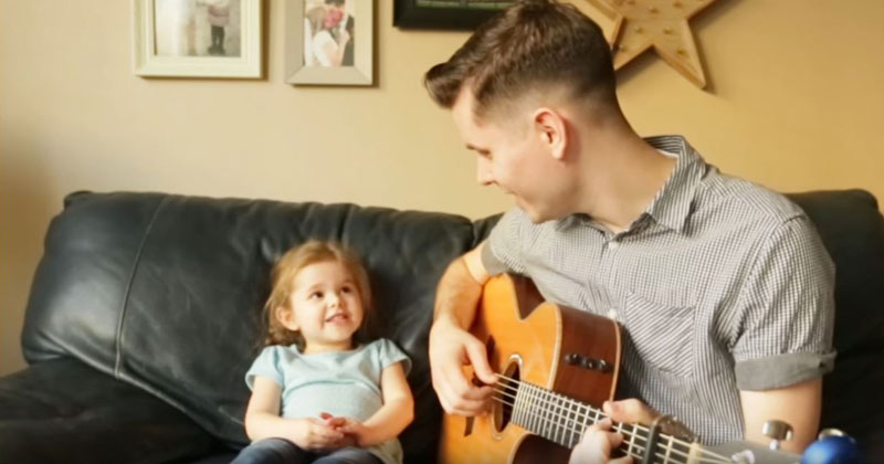 """Father and 4-Year-Old Daughter Sing Adorable Rendition of """"You've Got a Friend inMe"""""""