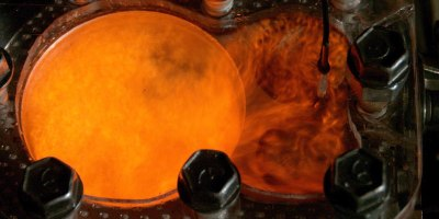 4K Slow Motion: Visualizing Combustion with a See Through Engine and PhantomCamera