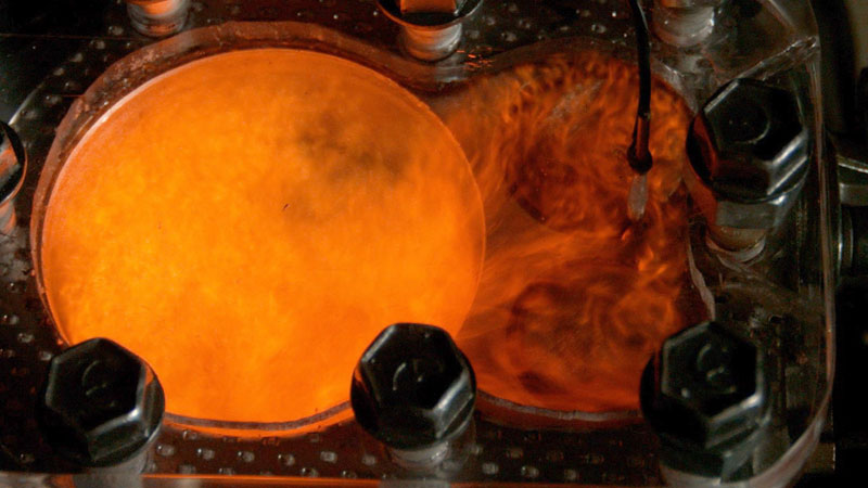 see-through-engine-4k-slow-motion-visible-combustion