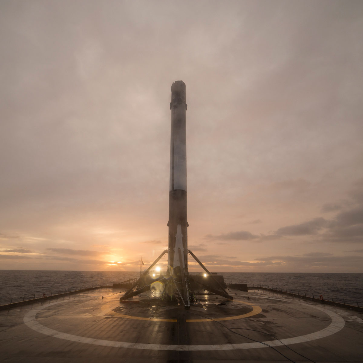 spacex launch and land january 2017 14 14 Amazing HQ Photos from SpaceXs Successful Launch and Landing