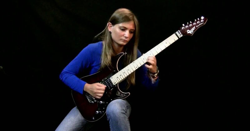 17-Year-Old Guitar Prodigy Shreds Beethoven's Moonlight Sonata (3rd Movement) — TwistedSifter