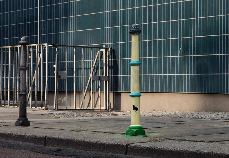 Picture of the Day: Bollard or UFOAttack?