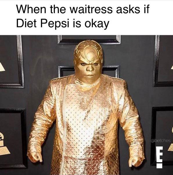 gold ceelo green meme 4 CeeLo Green Wore an All Gold Outfit to the Grammys and the Internet Went to Town