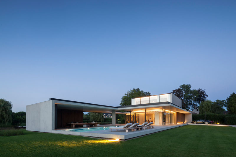 residence vdb by govaert and vanhoutte architects 14 This Guy Built His Dream Bachelor Pad With an Underground Club