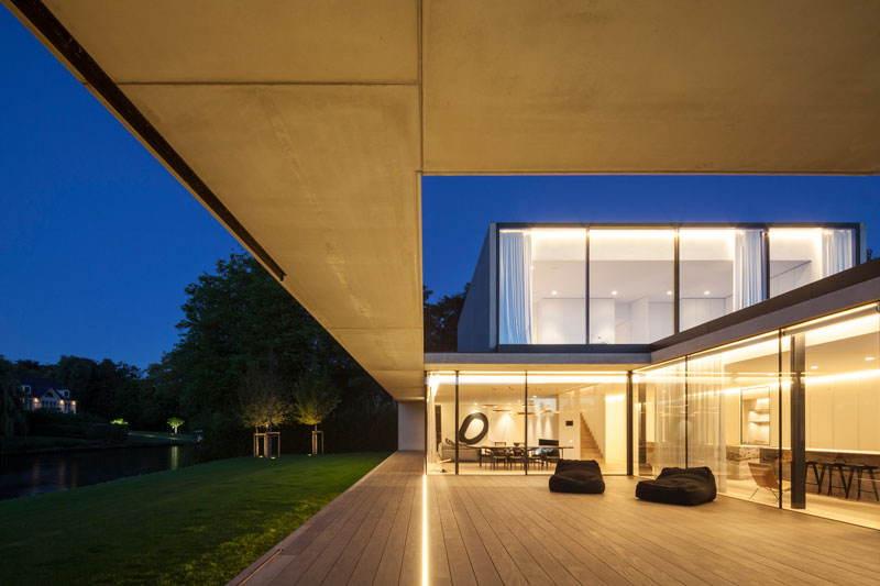 residence vdb by govaert and vanhoutte architects 15 This Guy Built His Dream Bachelor Pad With an Underground Club