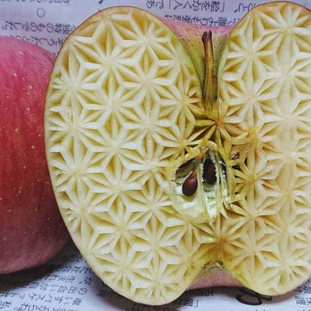 crazy patterns carved into fruits and vegetables by gaku 10 Guy Carves Crazy Patterns Into Fruits and Vegetables