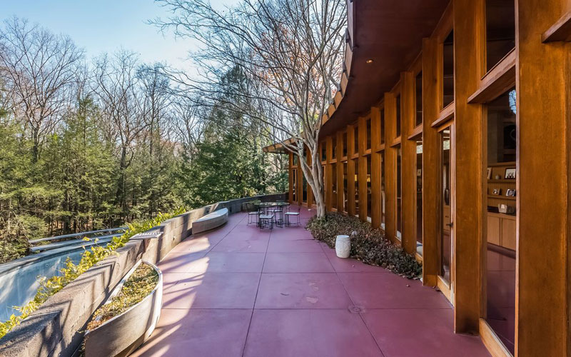 frank lloyd wright tirranna rayward shepherd house houlihan lawrence 16 Frank Lloyd Wrights One of a Kind Hemicycle House Goes on Sale