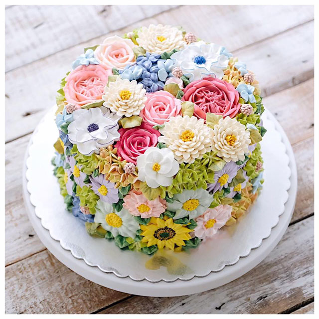 buttercream frosting plant cakes by ivenoven 10 These Plant Cakes Made with Buttercream Frosting Look Incredible