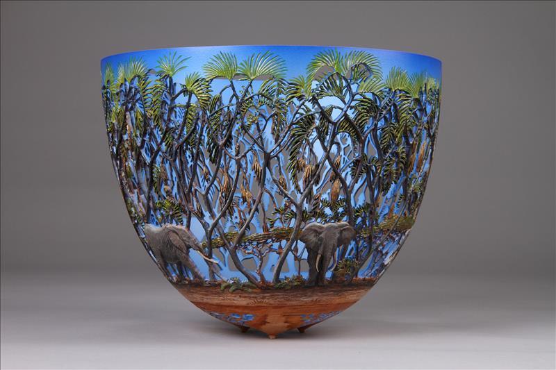 hand carved wooden bowls by gordon pembridge 14 This Artist Hand Carves Wooden Bowls Inspired by His Kenyan Roots