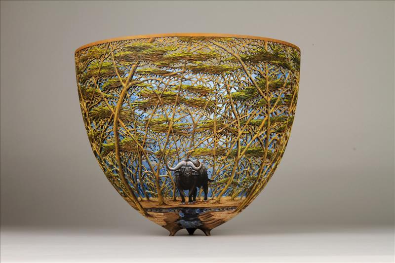 hand carved wooden bowls by gordon pembridge 2 This Artist Hand Carves Wooden Bowls Inspired by His Kenyan Roots