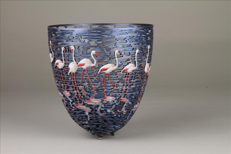 hand carved wooden bowls by gordon pembridge 3 This Artist Hand Carves Wooden Bowls Inspired by His Kenyan Roots