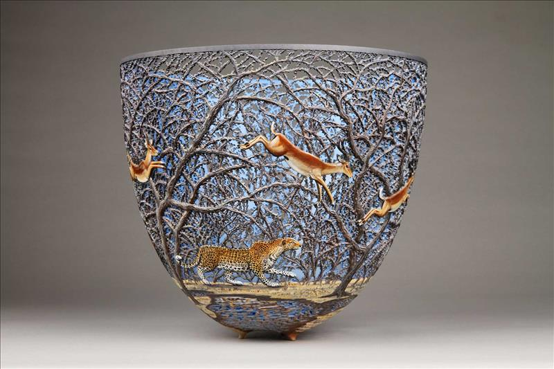 hand carved wooden bowls by gordon pembridge 4 This Artist Hand Carves Wooden Bowls Inspired by His Kenyan Roots