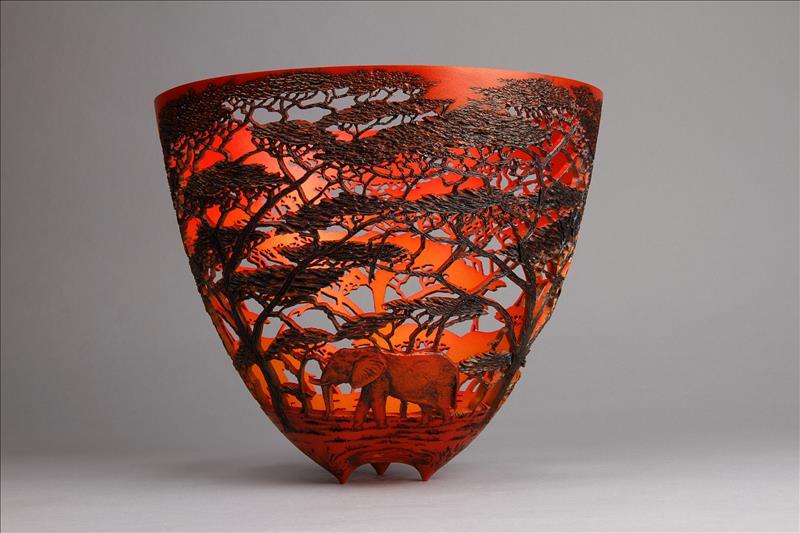 hand carved wooden bowls by gordon pembridge 7 This Artist Hand Carves Wooden Bowls Inspired by His Kenyan Roots