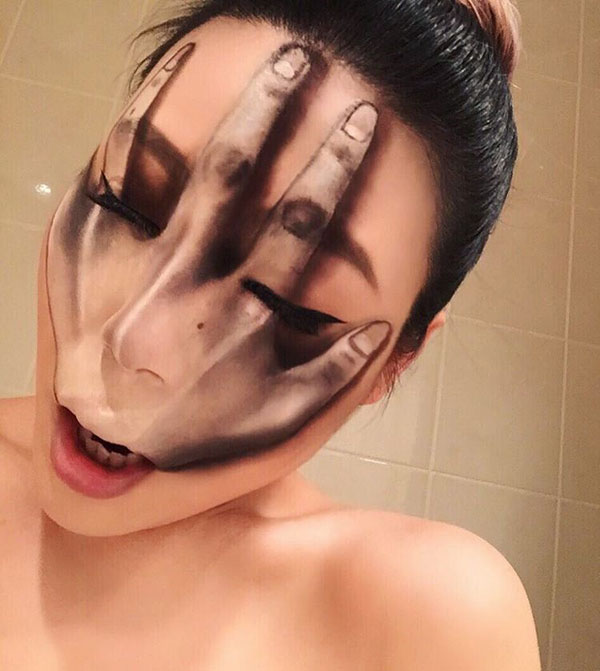 mimi choi mkeup artistry 1 This Makeup Artist Can Transform Her Face Into a Glitch in the Matrix