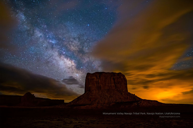 monument valley 2 skyglow desktop wallpapers In Search of Americas Darkest Skies (24 Photos)