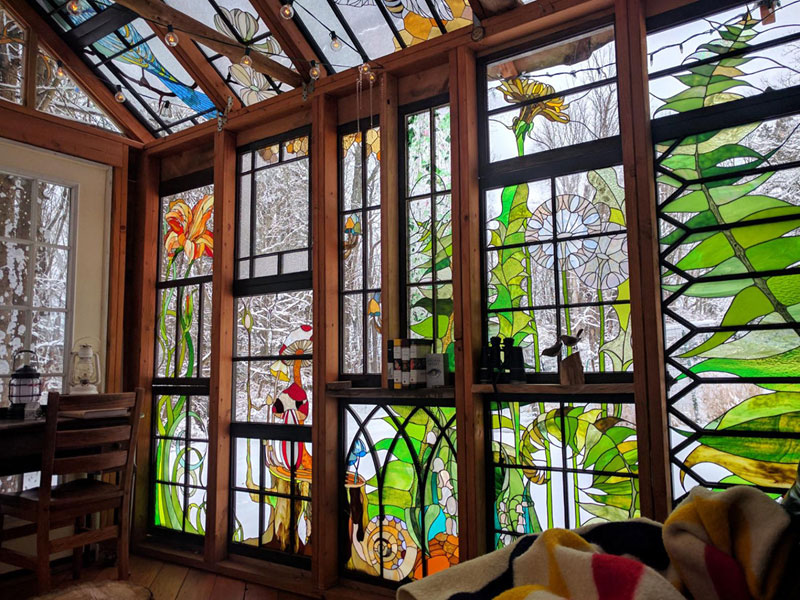 A Stained Glass Cabin in theWoods