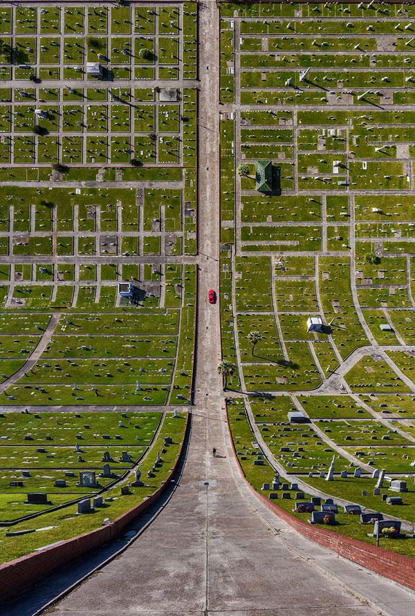11 surreal folded landscapes by aydc4b1n buyuktas 9 11 Surreal Folded Landscapes by Aydın Büyüktaş