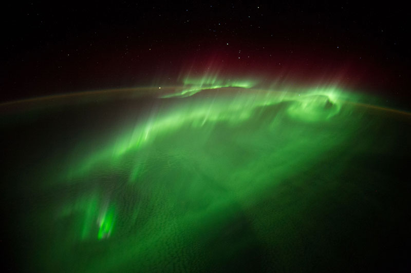 33 best auroras nasa has ever featured 14 The 33 Best Aurora Photos NASA Has Ever Featured