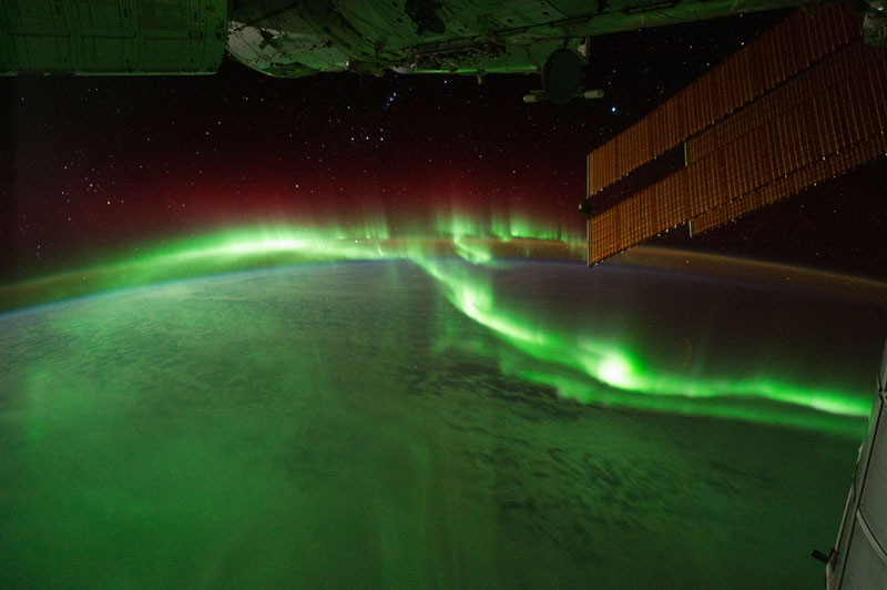 33 best auroras nasa has ever featured 22 The 33 Best Aurora Photos NASA Has Ever Featured