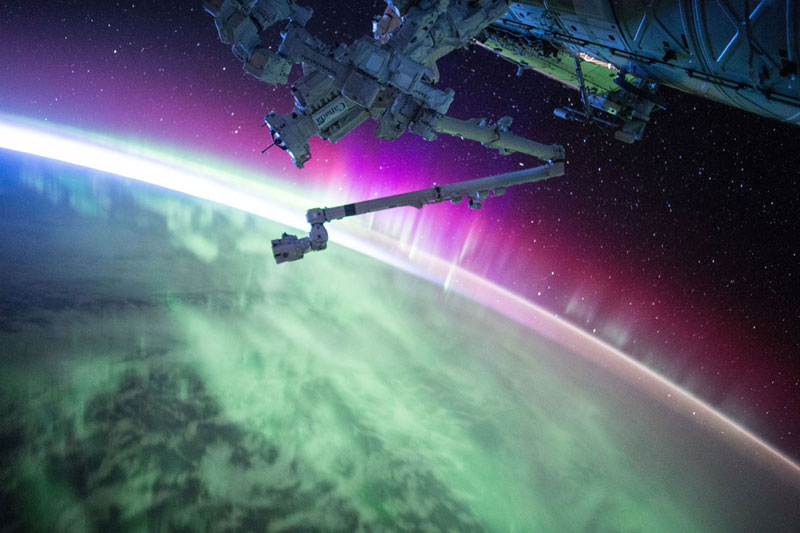 33 best auroras nasa has ever featured 26 The 33 Best Aurora Photos NASA Has Ever Featured
