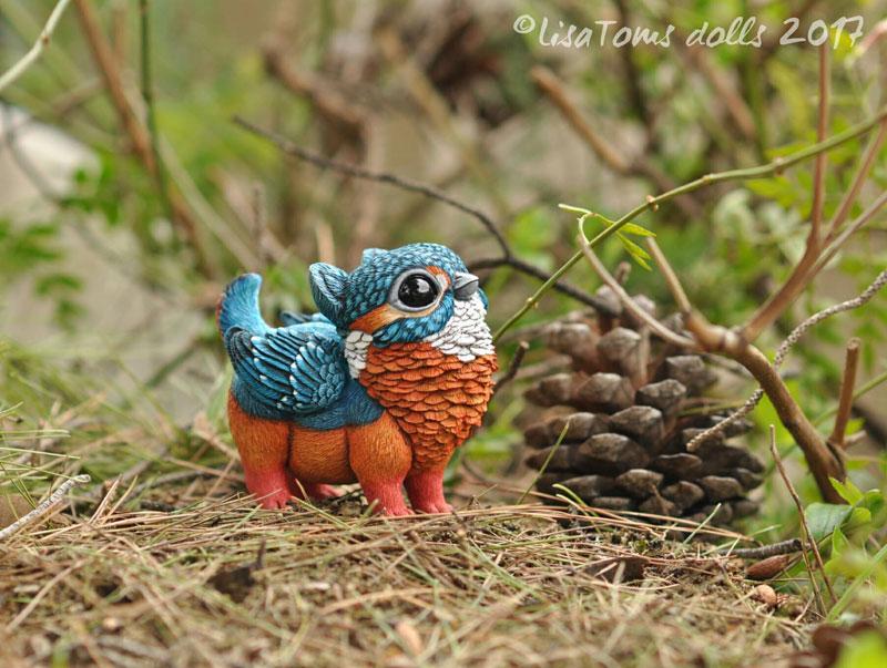 artist sculptor lisa toms dreams up creatures that dont live on our world 6 Sculptor Lisa Toms Dreams Up Creatures that Dont Live in Our World