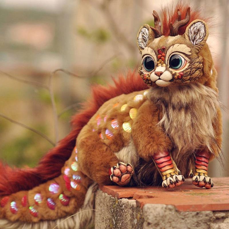 artist sculptor lisa toms dreams up creatures that dont live on our world 8 Sculptor Lisa Toms Dreams Up Creatures that Dont Live in Our World
