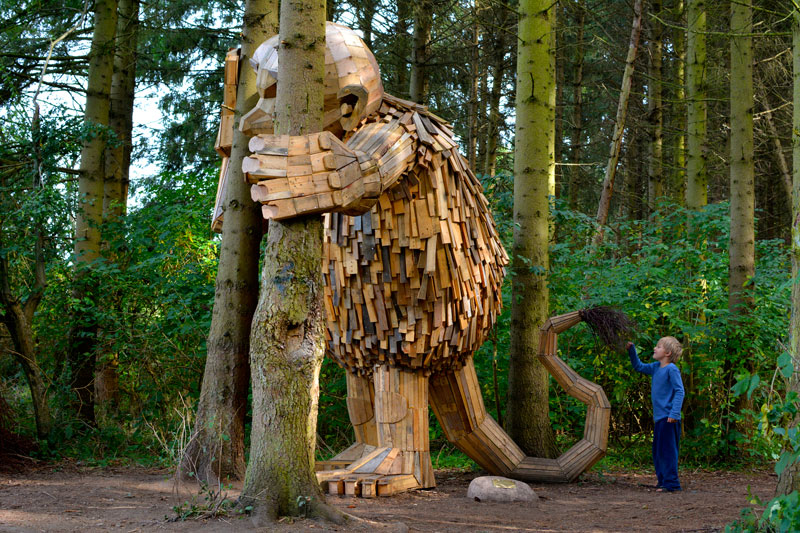 forgotten giants by thomas dambo 3 Artist Builds Forest Giants from Salvaged Materials and Hides Them in the Woods for People to Find