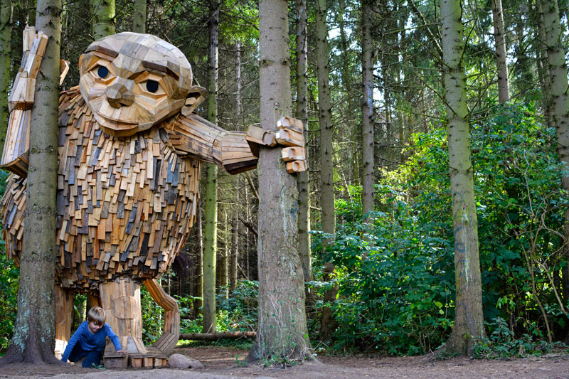 forgotten giants by thomas dambo 4 Artist Builds Forest Giants from Salvaged Materials and Hides Them in the Woods for People to Find