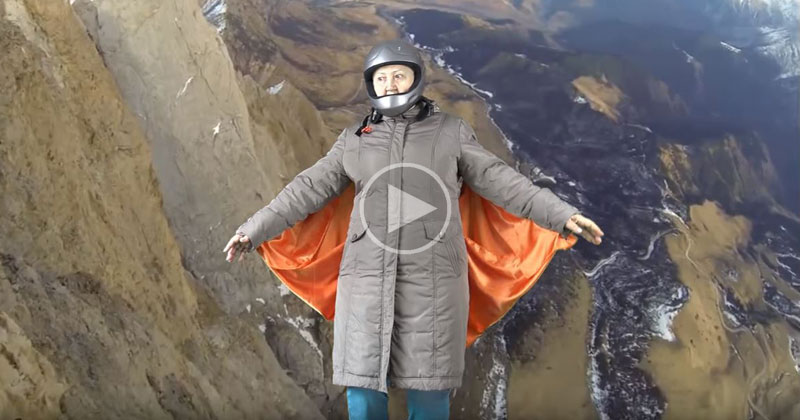 Travel Dog Bed >> Awesome Grandma Pretends to Wingsuit Fly Using Green ...
