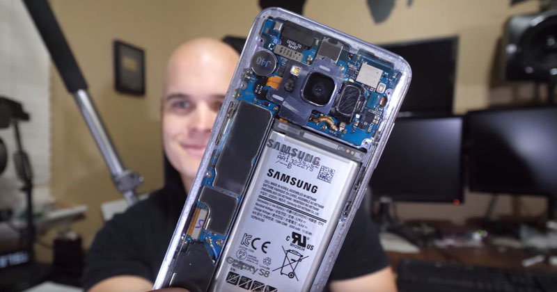 Guy Uses Paint Thinner to Make His S8 Completely Clear