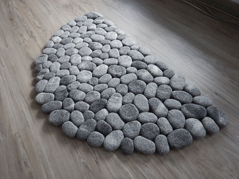 plush stone rungs by martina schuhmann flussdesign 6 These Stone Rugs are Actually Plush and Squishy