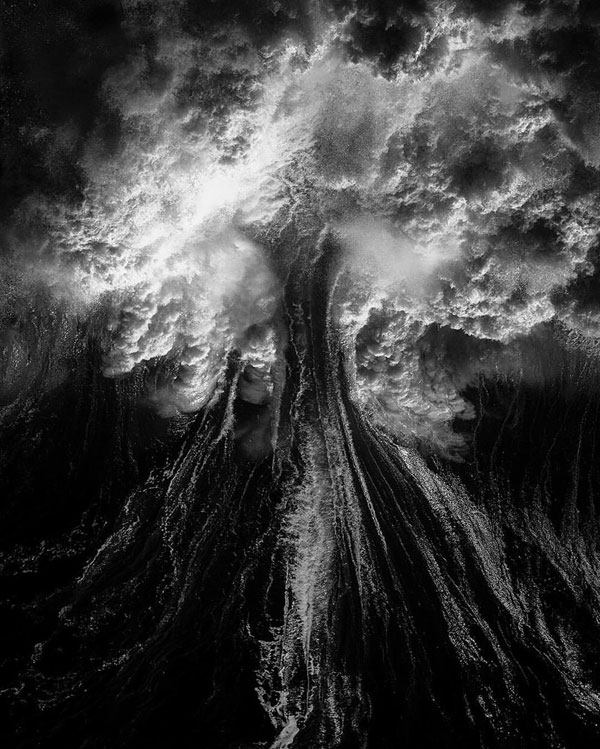 ray collins wave photos 10 Ray Collins Captures Waves Like Youve Never Seen Them Before (24 Photos)