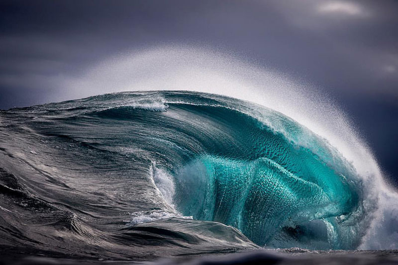 ray collins wave photos 7 Ray Collins Captures Waves Like Youve Never Seen Them Before (24 Photos)