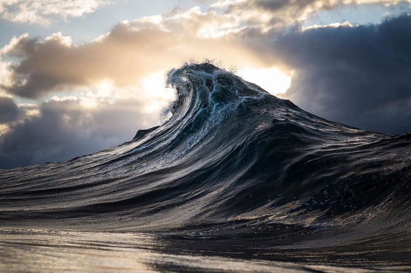 Ray Collins Captures Waves Like You've Never Seen Them Before (24 Photos)