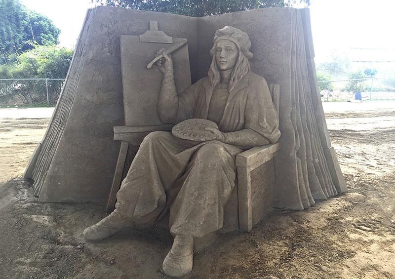 sand sculptures by toshihiko hosaka 14 Toshihiko Hosaka Creates Incredible Things Out of Sand