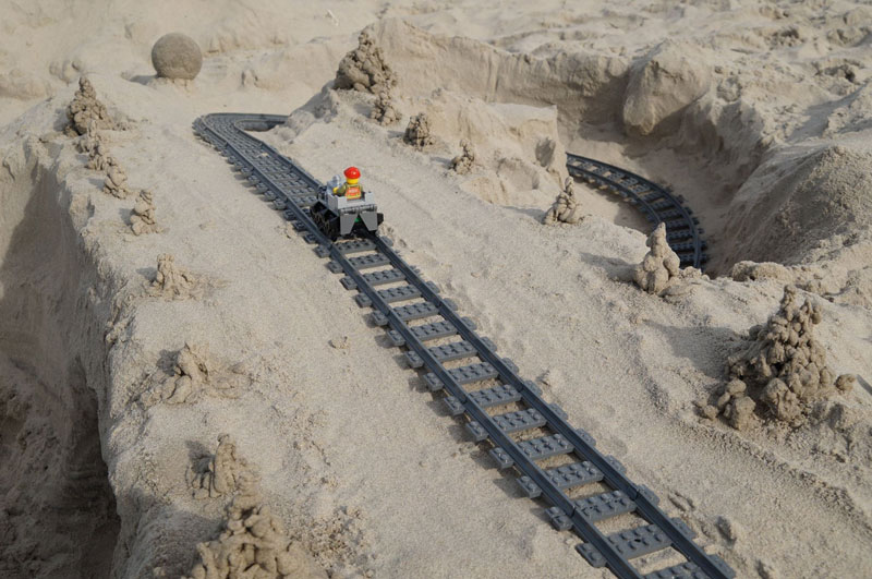 lego sand roller coaster by 5 mad movie makers 11 This Lego Sand Roller Coaster on the Beach is Awesome