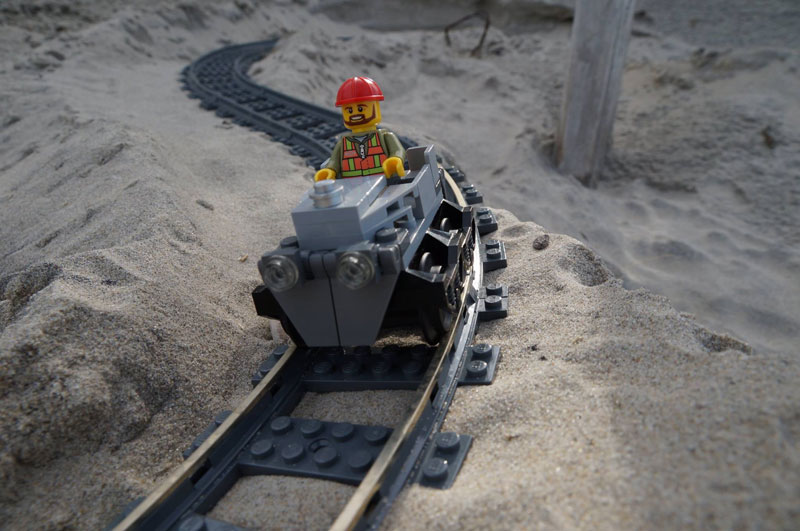 lego sand roller coaster by 5 mad movie makers 2 This Lego Sand Roller Coaster on the Beach is Awesome