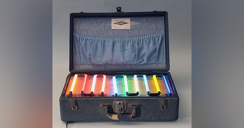 Picture of the Day: Neon Salesman's Sample Case from the1930s