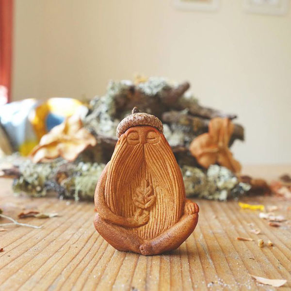 avocado stone faces carved by jan campbell 4 Waste Not, Want Not: Artist Carves Avocado Pits Into Tiny Forest Spirits