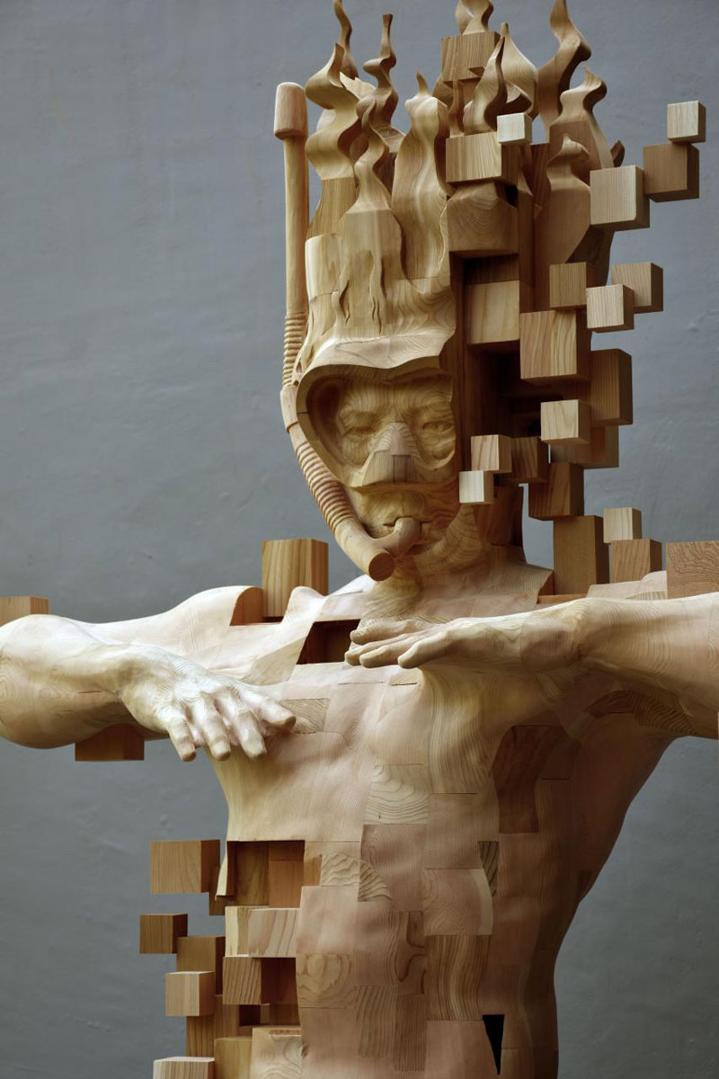 glitch wood carving pixelated snorkeler by hsu tung han 3 Glitch Wood Carving: Pixelated Snorkeler by Hsu Tung Han