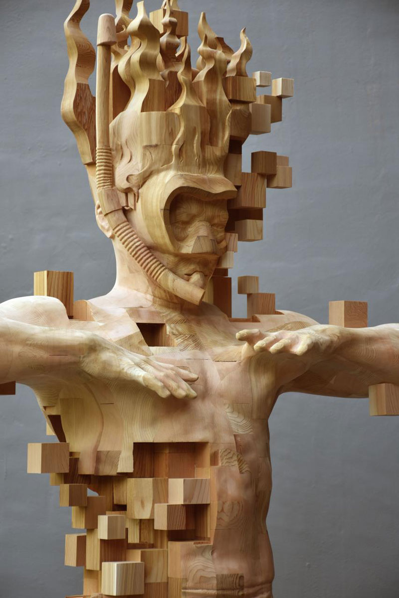 Glitch Wood Carving Pixelated Snorkeler By Hsu Tung Han - Taiwanese artist creates wooden sculptures that look like digital glitches